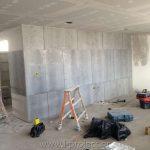 τοιχοποιία με τσιμεντοσανίδα για διαχωρισμό γραφείων και ψευδοροφή με διάτρητη γυψοσανίδα